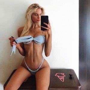 Siempre ✨ golden bikini NWT